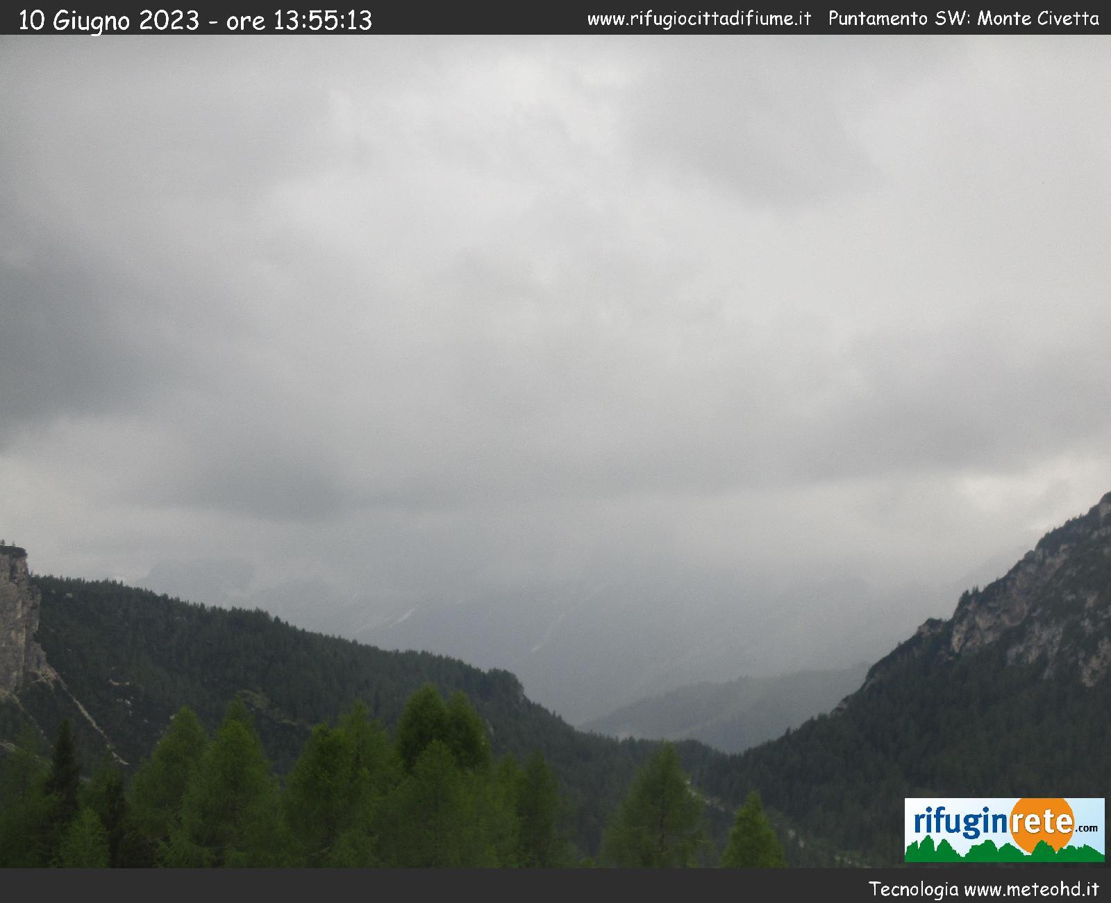 webcam Rifugio Città di Fiume - Borca di Cadore - vista del Monte Civetta