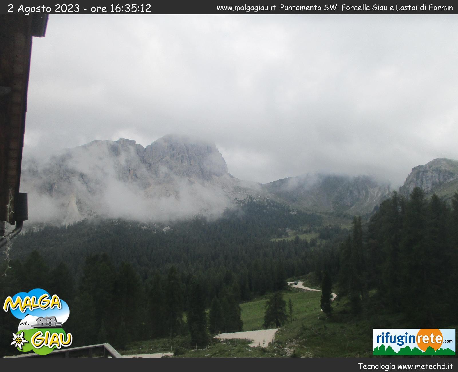 Cortina: Tofana di Rozes 3225m vom Rifugio Dibona 2083m